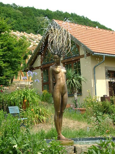 Gartenimpression in Pillnitz: Bronzestatue | Bronzestatue Gartenimpression Pillnitz